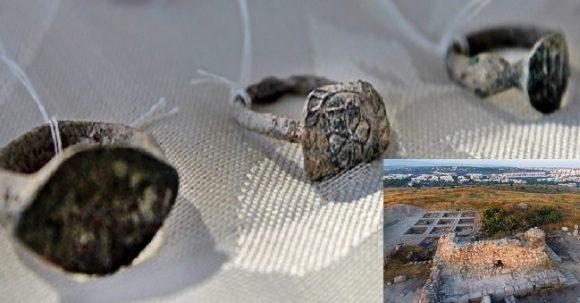 900 år gammal samling av kvinnors smycken